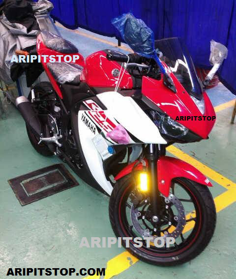 yamaha-yzf-r25-production-spec-front
