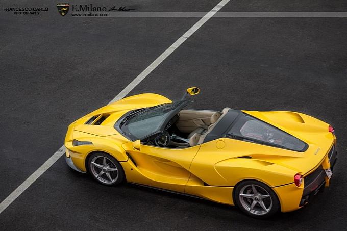 2016 Ferrari Laferrari Spider Yellow