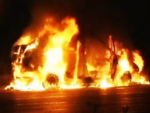 5-ways-to-survive-a-car-blaze