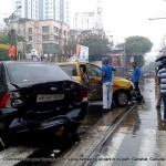 cars-crashed-driverless-tram-calcutta-008