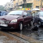 cars-crashed-driverless-tram-calcutta-012