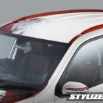 mahindra-xuv500-sportz-limited-edition-red-roof-rails