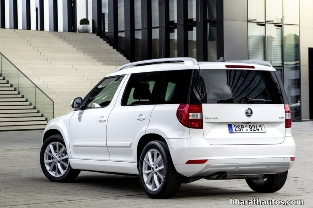 skoda-yeti-facelift-india-rear-view
