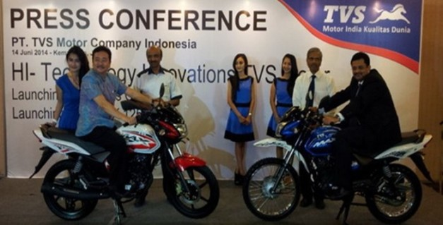 TVS-Max-125-dan-TVS-Max-Semi-Trail-2014-Indonesia-700x357