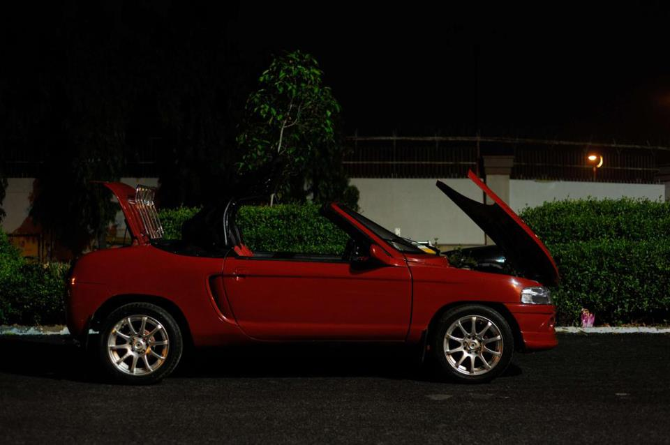 js design modified maruti 800 convertible