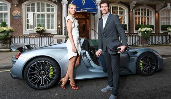 sharapova-arrives-porsche-918-pre-wimbledon-party