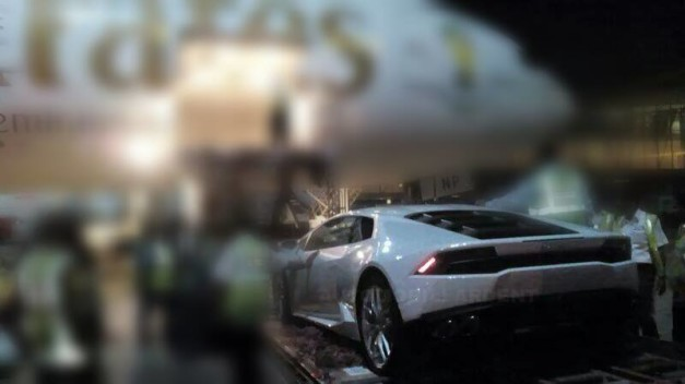 lamborghini-huracan-launch-india-rear-view
