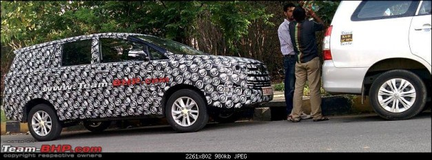 2016-toyota-innova-spied-front-view