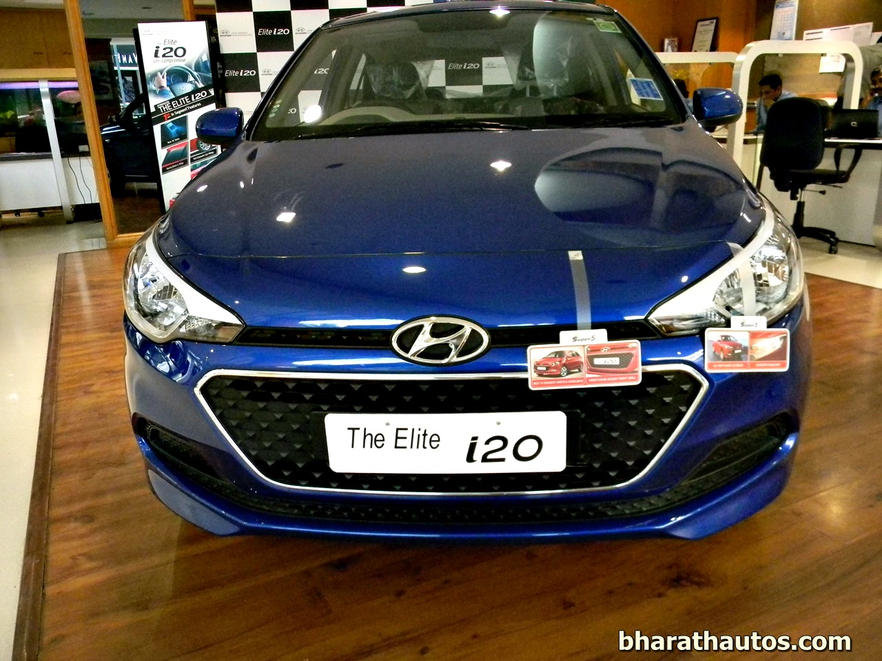 hyundai elite i20 launched in indian auto market price starts from rs lakh. Black Bedroom Furniture Sets. Home Design Ideas