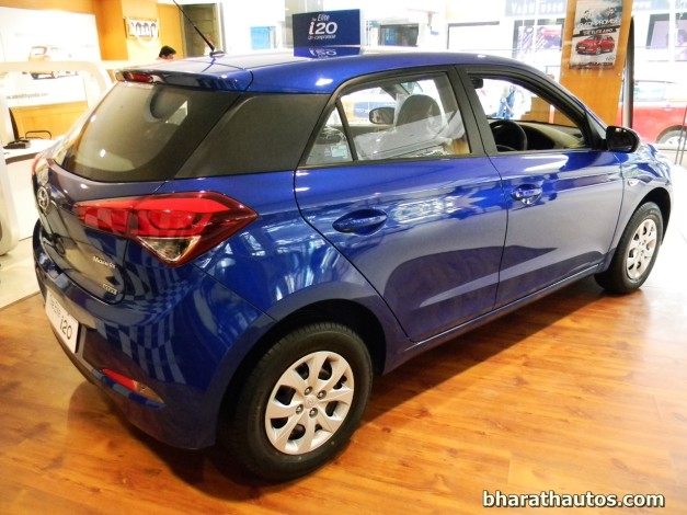 new-2014-hyundai-elite-i20-rear-view