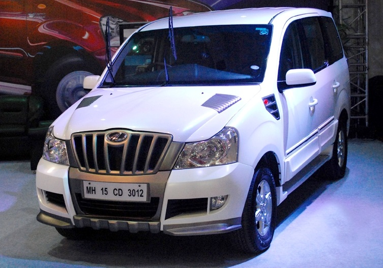 Family Car 8 Seater >> Mahindra Xylo facelift in the making; few details known!