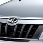 new-mahindra-xylo-refresh-chrome-grille