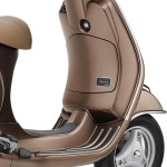 vespa-elegante-badge-limited-edition-india