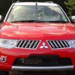 mitsubishi-pajero-sport-dual-tone-flame-red-white-limited-edition-001