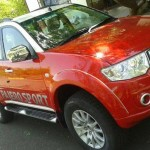 mitsubishi-pajero-sport-dual-tone-flame-red-white-limited-edition-002