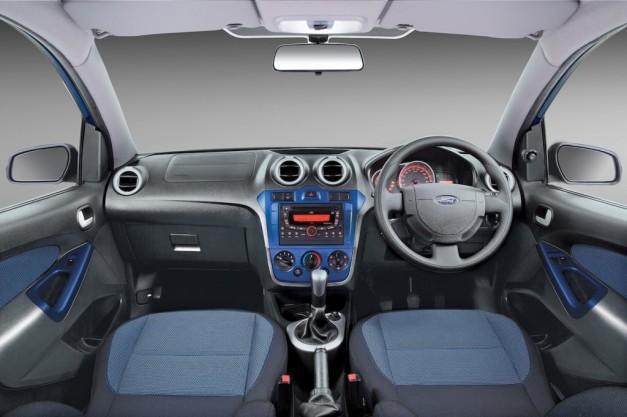 new-ford-figo-2014-interior