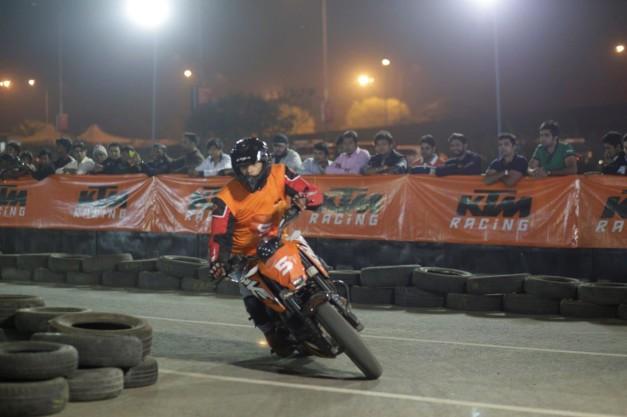2014-ktm-orange-day-delhi-001