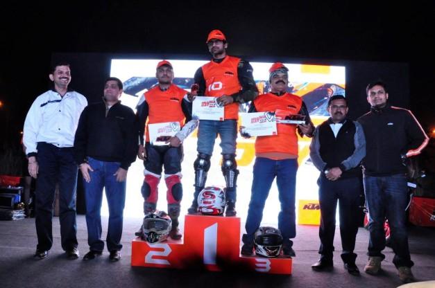 2014-ktm-orange-day-delhi-002