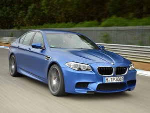 facelifted-f10-bmw-m5-launched-details-price-pics