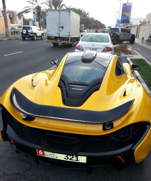 mclaren-p1-jumeirah-dubai-uae-rear-view