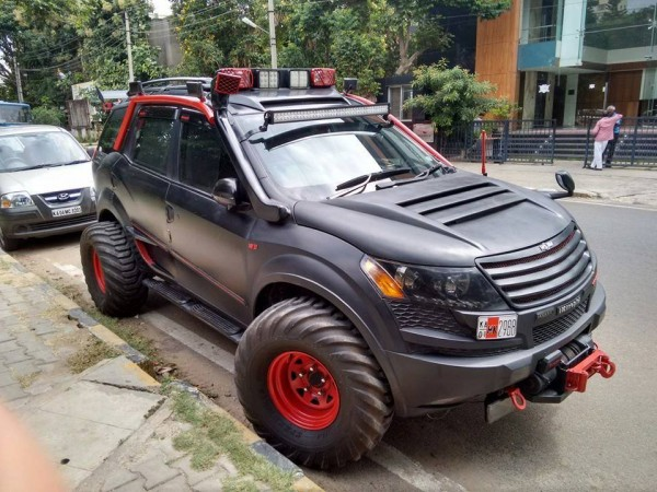 modified-mahindra-xuv500-bangalore-front-front-view