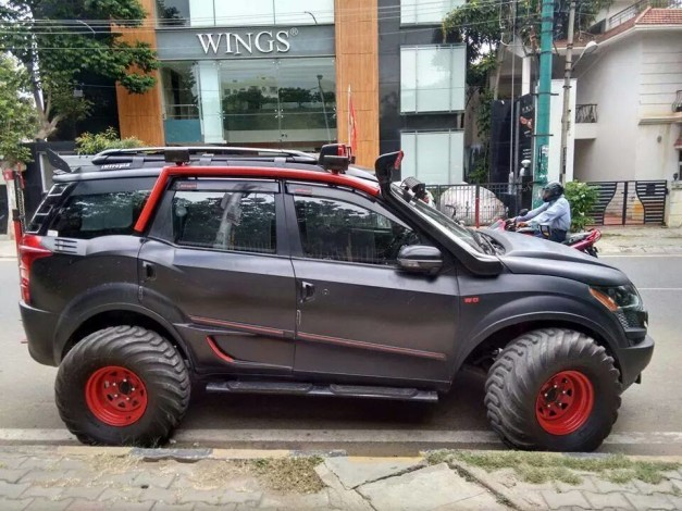 modified-mahindra-xuv500-bangalore-side-view