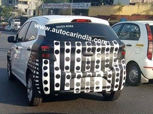 2015-ford-figo-spied-india
