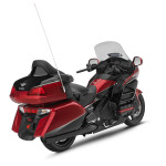 2015-honda-gold-wing-40th-anniversary-edition-india-rear-shape