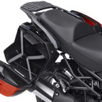 2015-kawasaki-versys-1000-india-rear-luggage-area