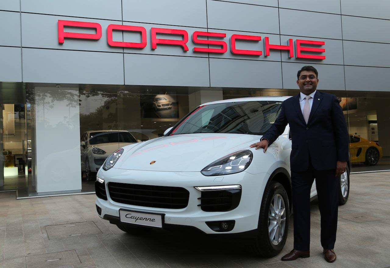 2015 Porsche Cayenne Launched In India Price Starts From
