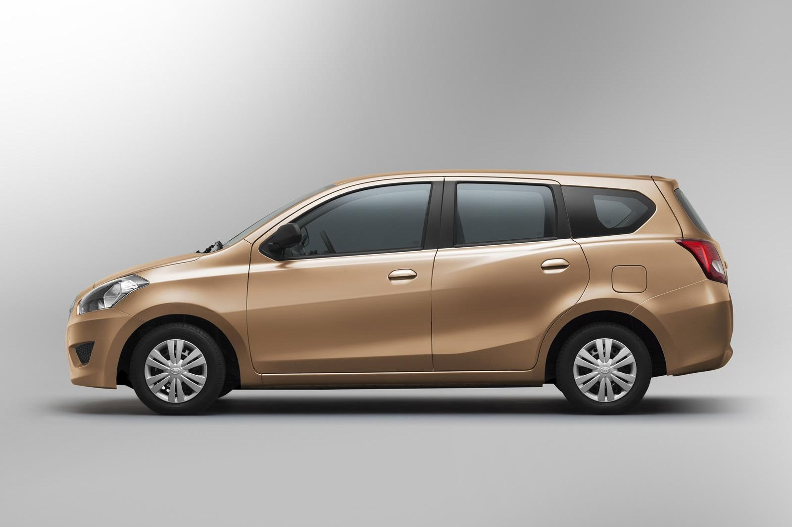 Datsun Go 7 Seater Mpv To Launch On January 15 2015