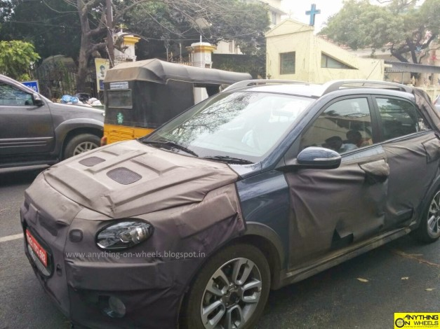 hyundai-elite-i20-cross-spied-front