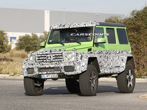 mercedes-g63-amg-4x4-green-monster-spied