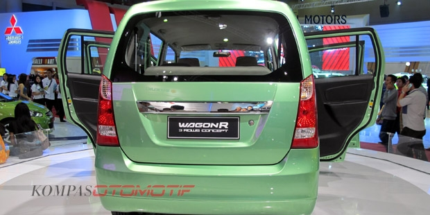 suzuki-wagon-r-7-seater-mpv-rear