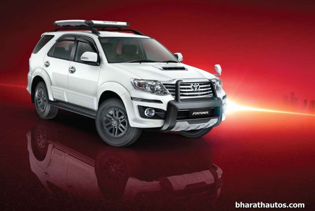 2015-updated-toyota-fortuner-4x4-at-india