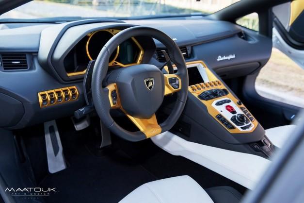 gold-plated-lamborghini-aventador-maatouk-design-interior