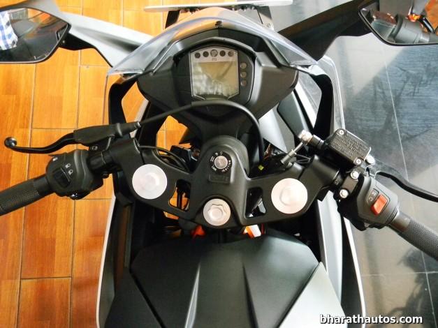 ktm-rc-390-instrument-console