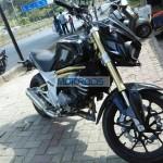 mahindra-mojo-300-production-model (3)
