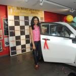 mahindra-reva-e2o-birthday-gift-gul-panag-007