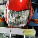 new-2015-bajaj-platina-es-headlights