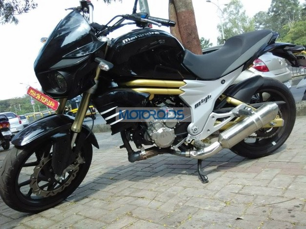 production-spec-mahindra-mojo-300-spied