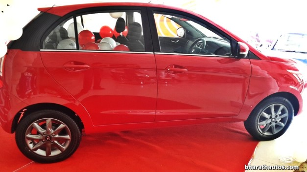 venetian-red-tata-bolt-side