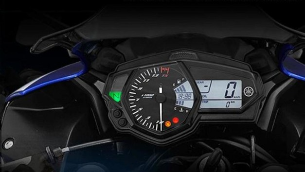 yamaha-yzf-r25-india-instrument-cluster
