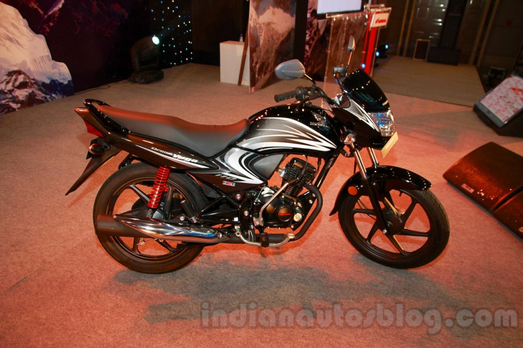 Honda Dream Yuga Facelift furthermore Toyota Etios C Rendering likewise Maxresdefault additionally X likewise D T When Hd V Rod Hits Hero Honda Splendor Dsc. on hero honda splendor