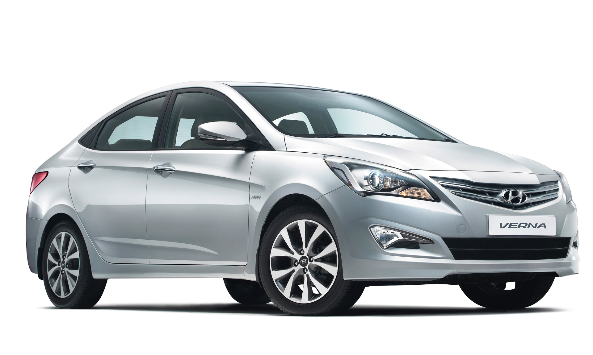 Prices For The 4S Verna Fluidic Range Between Rs 774 1015 Lakhs Petrol And 894 1219 Diesel Variants