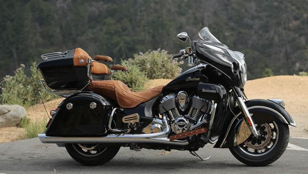 2015-indian-roadmaster-motorcycle-side