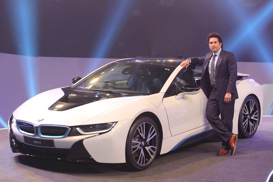 Bmw I8 Plug In Hybrid Sports Car Launched In India At Rs