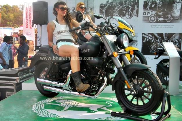 dsk-benelli-stall-at-2015-india-bike-week-ibw-goa