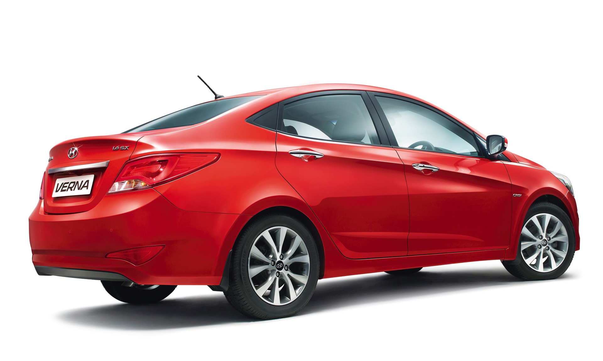2015 Hyundai Verna Facelift Launched In India Priced At