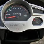mahindra-gusto-hx-instrument-console